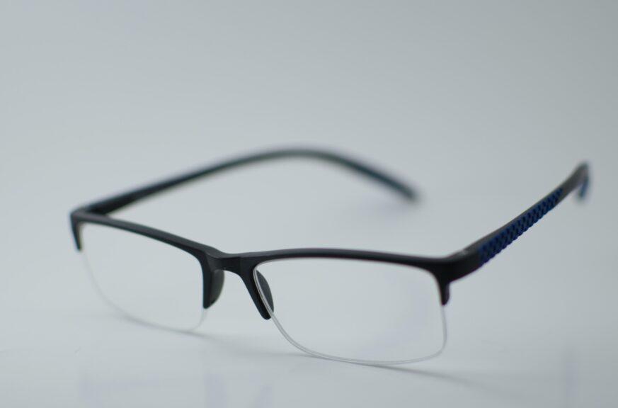 まとめ:FPSゲームを上達したいなら必須級のアイテムであるゲーミングメガネ。自分の未来への投資として、この記事でおすすめしたゲーミングメガネを購入することをおすすめする!